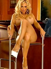 Jena Kay in Curly Hair Blonde in Tight Jeans n Long Legs