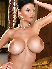 We have more fabulous big boobs on display on a Humpday courtesy of the lovely  <b>30G Veronika Zemanova </b>who blows o